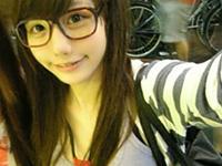 台湾美少女「Chen Wei」が1●歳にしてはおっぱいデカすぎと話題に!