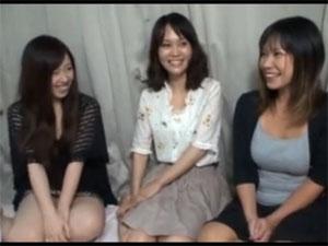 【無修正】近所の仲良し美人妻3人組が流されて乱交SEX状態に!!