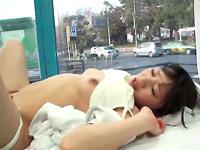 【マジックミラー号】病院で勤務するナース、その病院の目の前でセックスに喘ぐ!!