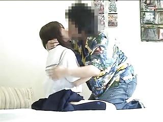 夏のセーラー服ぐうシコ!!美少女とSEXしてる様子を隠し撮りしてる映像が神すぎるwww