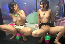 スペイン発祥の泡パーティでアゲアゲになってるギャルをクラブ会場でハメる! 稲村ひかり 白間れおな 紗藤まゆ 佐山杏里 道重咲