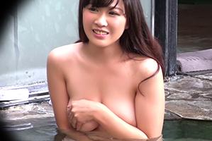 【素人】高額賞金に釣られた美爆乳OLが長岡温泉の男湯に潜入!