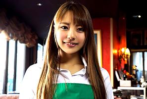 カフェで働く美人女子大生のバイト帰りを狙って3本番! 河南実里