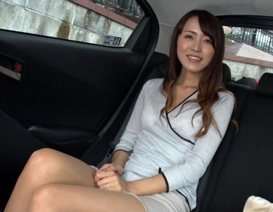 AVにも、ナンパにも縁が無さそうな美人清楚妻が、まさかのハメ撮り承諾!!